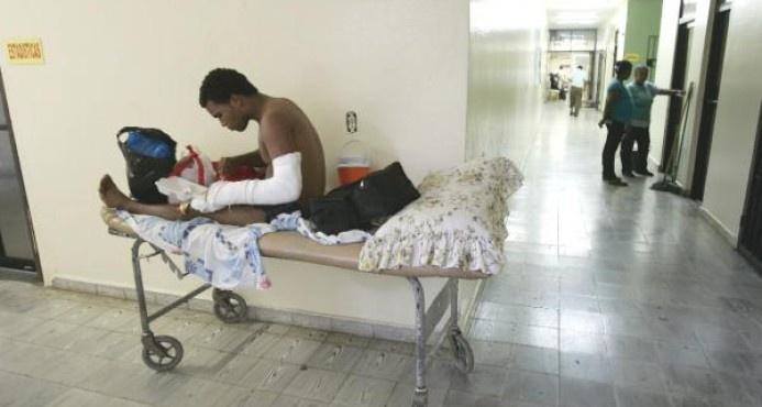 El director del Servicio Nacional de Salud dice que Haití y RD deben tratar la situación hospitalaria