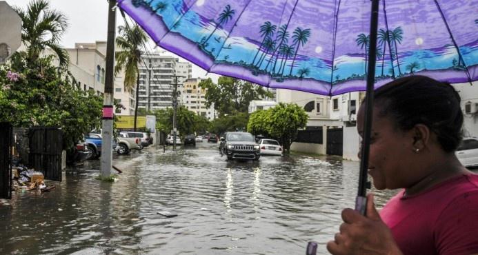 El país bajo los efectos de onda tropical y de vaguada