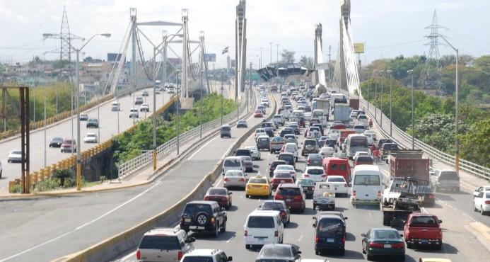 Averías eléctricas dejan sin agua este viernes a gran parte de Santo Domingo Este