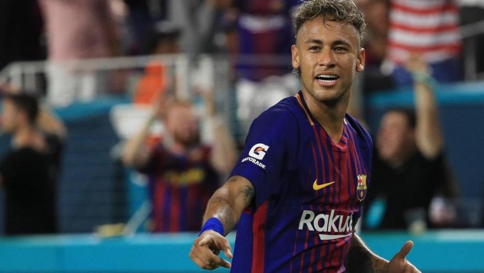 Neymar dejará 300 millones de euros en cinco años en el erario francés