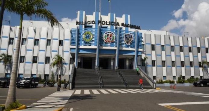 Matan mujer y lanzan cadáver a matorrales en Santo Domingo Oeste