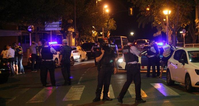 Una sola agente de la policía abatió a cuatro de los terroristas en Cambrils