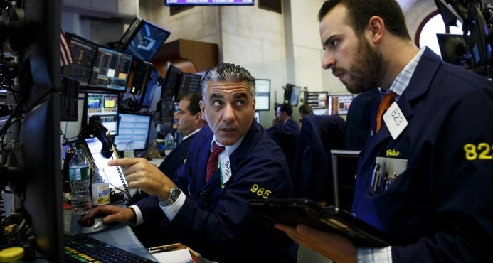 Wall Street abre con pérdidas por nuevas tensiones en torno a Corea del Norte