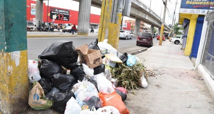 Despacito sigue depósito de basura en vertedero de Duquesa