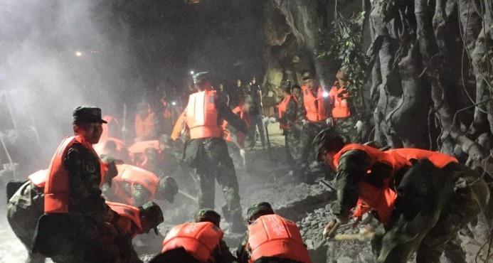 Potente terremoto deja 19 muertos y 247 heridos en China