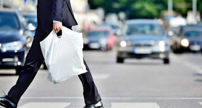 Panamá, primer país de Centroamérica en prohibir las bolsas plásticas