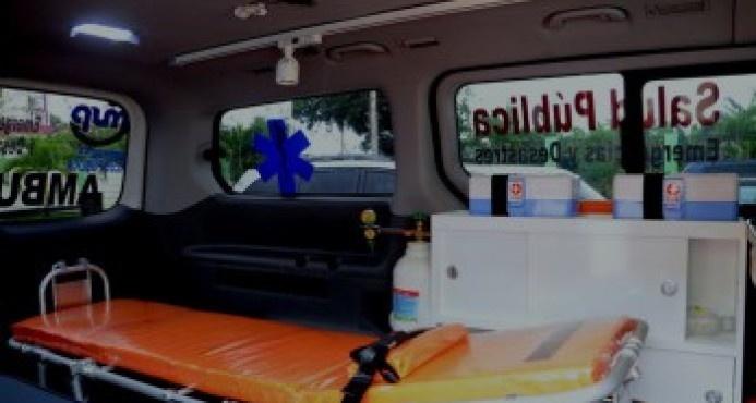 Madre dominicana alumbra en ambulancia en Nueva York