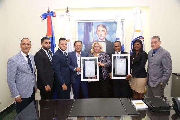 Ayuntamiento de Santiago es certificado como primer cabildo en Datos Abiertos