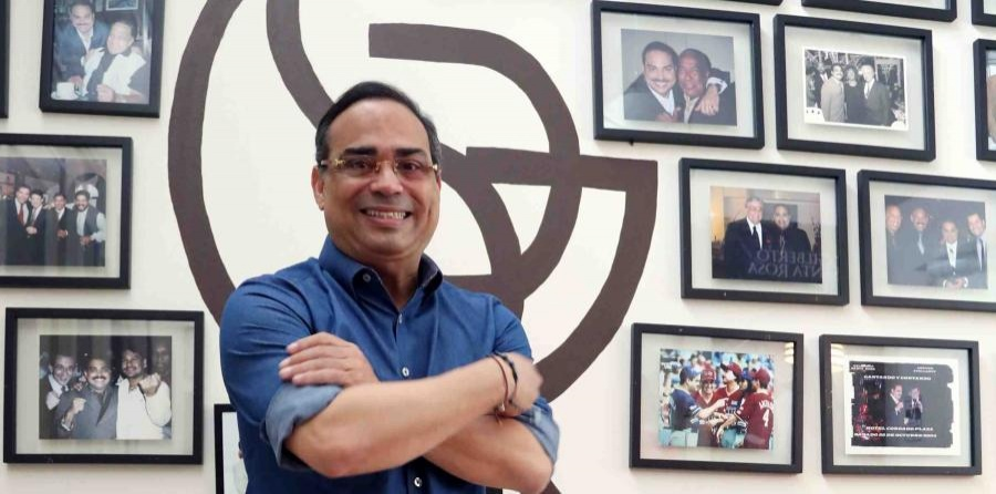 "Gilberto Santa Rosa: ""El Caballero"" de la disciplina"