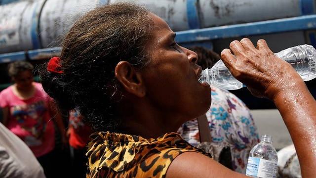 Puerto Rico: a semanas del huracán, falta agua, electricidad y hospitales que funcionen