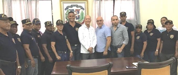 """Coordinadores """"Policía Comunitaria NY"""" asesorarán  alcaldía SDN"""