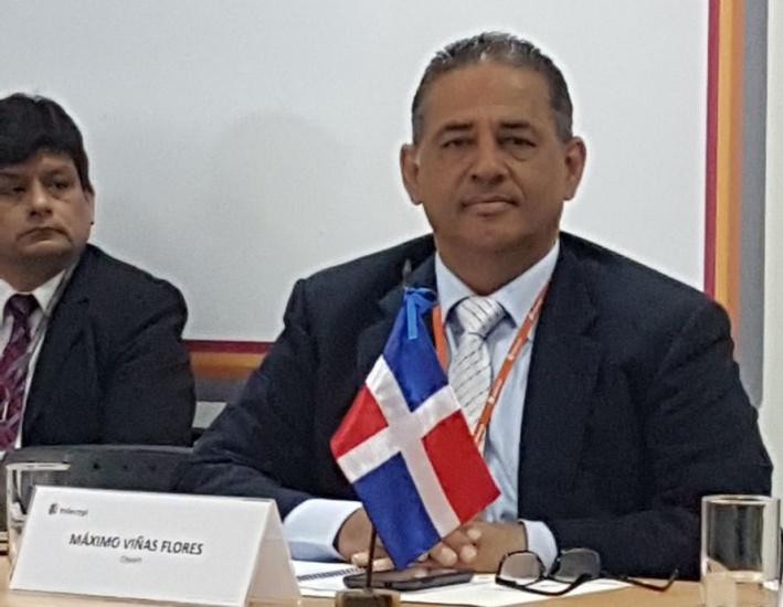 Lic.Maximo Viñas secretario del cuerpo de asesores de ONAPI