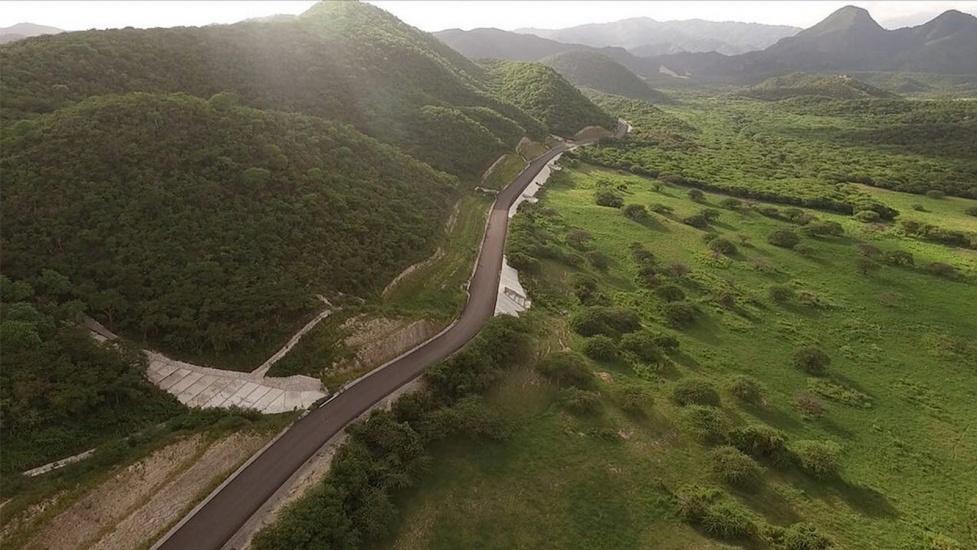 Danilo responde a reclamo de más de 20 años; entrega carretera Padre Las Casas-Guayabal y puente
