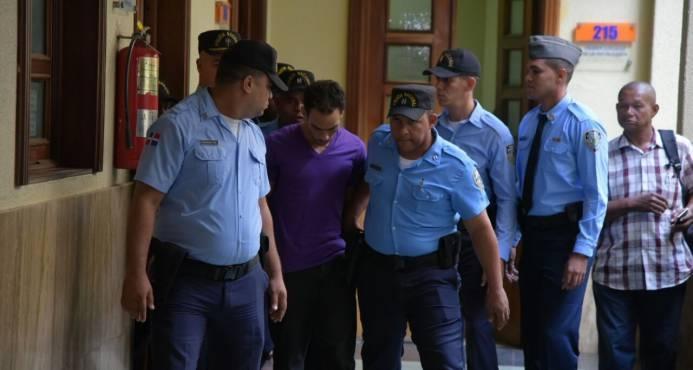 Juez Alejandro Vargas dicta un año de prisión preventiva a acusado de asesinar a su pareja y a sus tres hijos