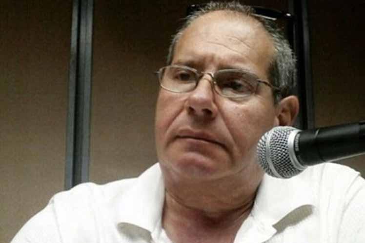 Cuba: la radio, encantadora y especial en su Día Mundial
