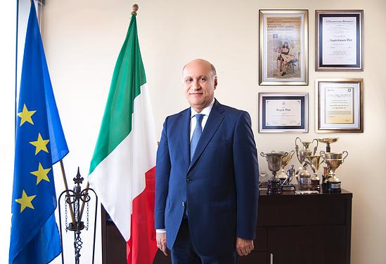 Postulan a un italo-dominicano diputado en Italia