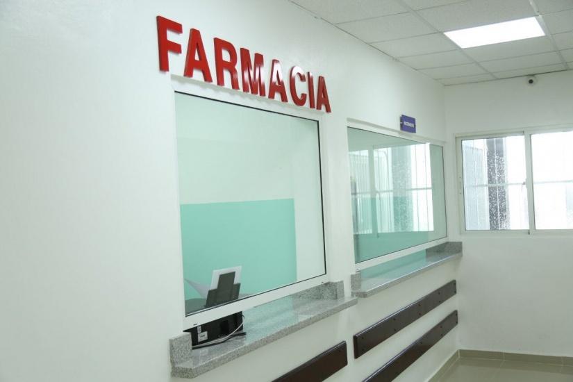 Danilo Medina entrega totalmente remozado y equipado el hospital Dr. Alberto Gautreaux