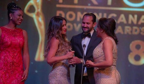 Califican de monotona celebración de los Premios Iris Dominicana