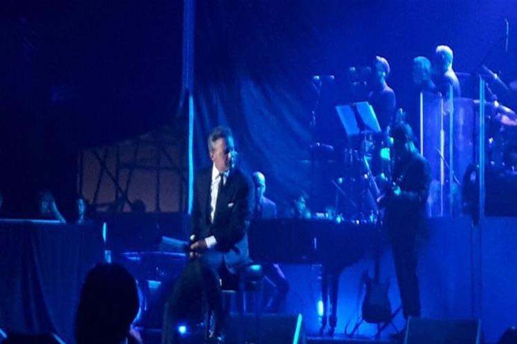 Doble de Luis Miguel afirma que lo reemplazó en concierto