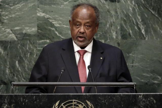 El presidente de Uganda quiere prohibir el sexo oral a sus ciudadanos