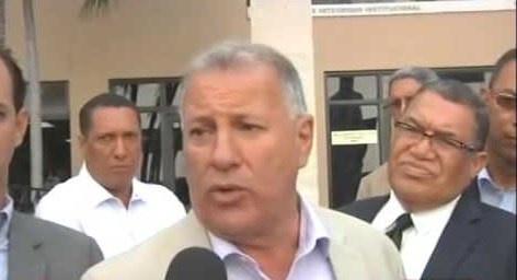 Tribunal Condena a ex alcalde Serulle a 6 meses de prisión por emitir un cheque sin fondos