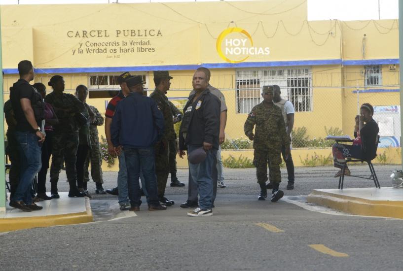 Policía desmantela banda delincuentes que azotaba en La Vega
