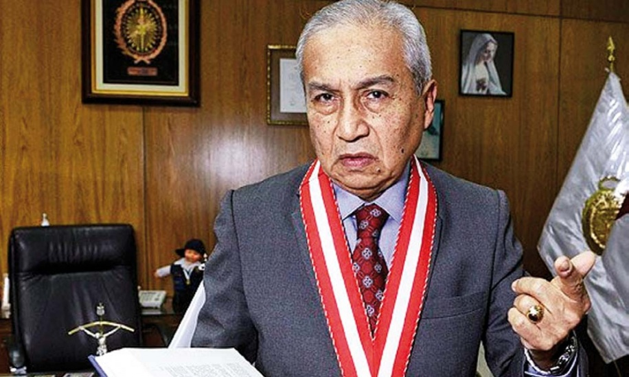 Nuevo Fiscal de la Nación de Perú asume bajo sombras de sospecha