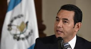 El presidente de Guatemala Jimmy Morales fue denunciado por agresiones sexuales contra más de 10 mujeres