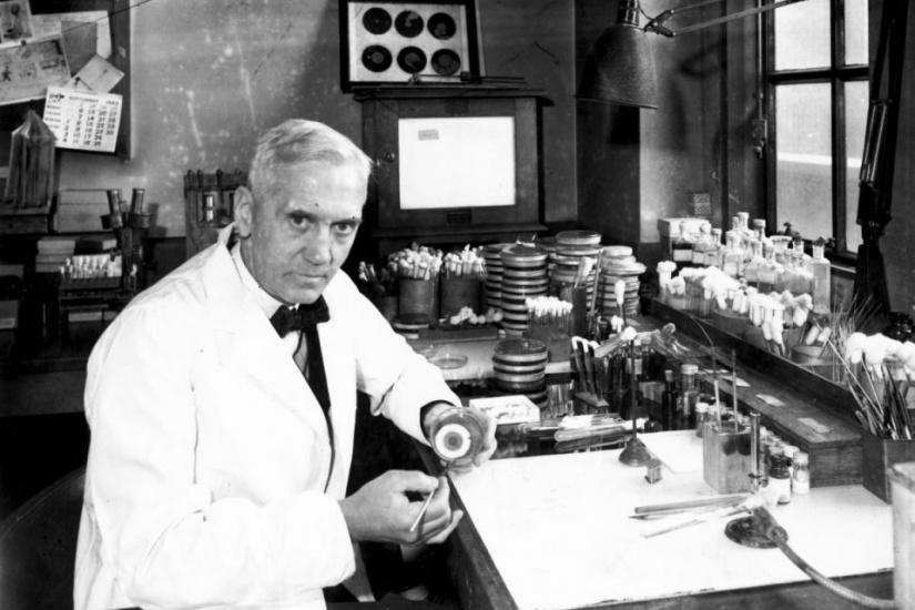 El descubrimiento de la penicilina: cómo la suerte cambió al mundo