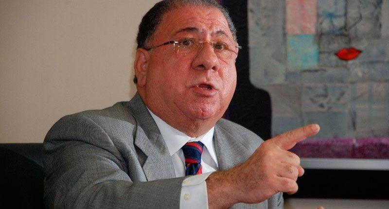 """Ministro de Interior y Policía dice """"Hay que modificar la Constitución para habilitar al presidente"""""""