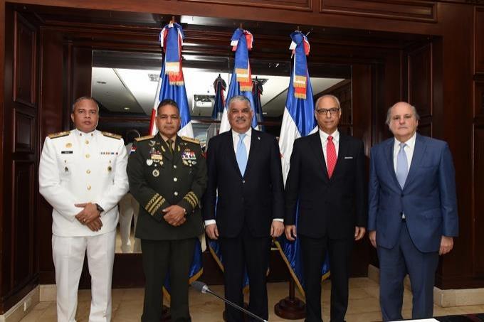 Canciller Miguel Vargas encabeza reunión de Comisión de Limitación de Fronteras Marítimas; analiza reglamento interno