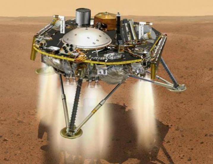 """El increíble primer """"selfie"""" nítido en Marte de la nave espacialInSight"""