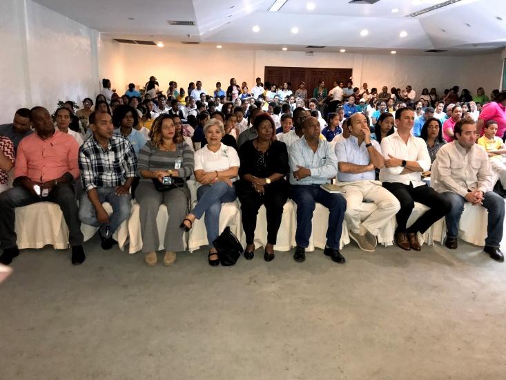 Lanzan programa de reciclaje en Puerto Plata