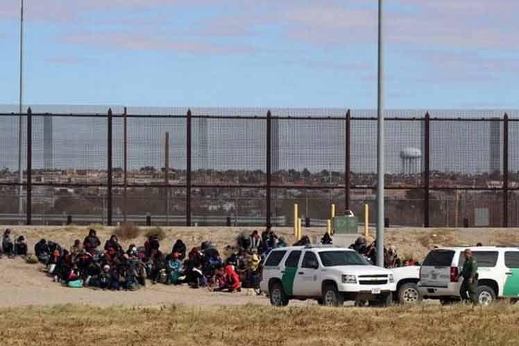 Confirman paso de migrantes desde Ciudad Juárez a Estados Unidos