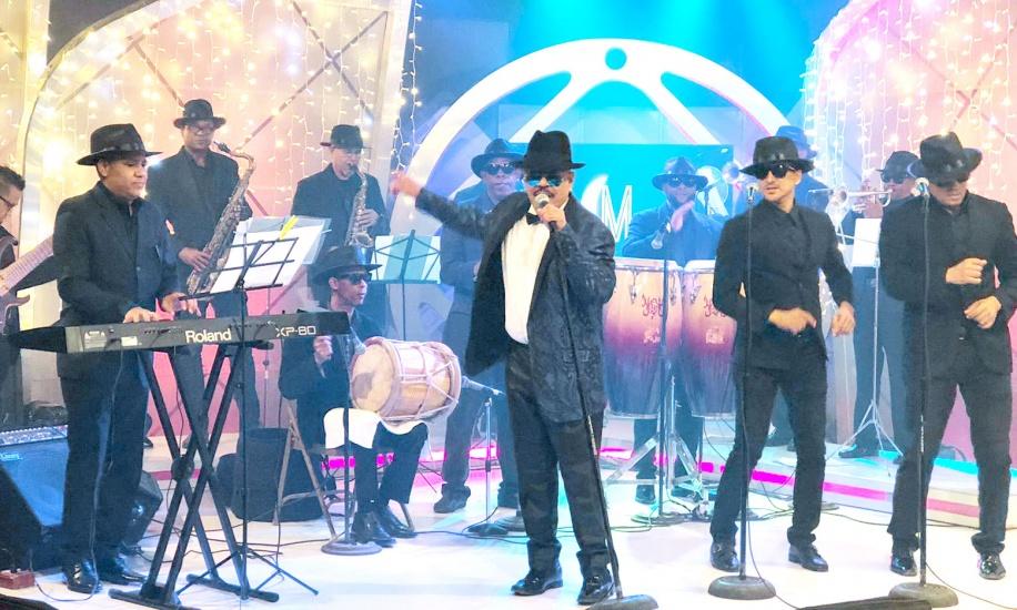 """Aramis Camilo presentó su concierto  """"El retorno de El Don"""" con el marco de la Organización Secreta"""