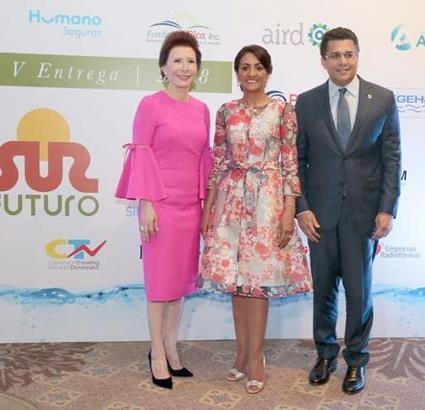 Sur Futuro entrega premio ecológico a la siembra de agua 2018