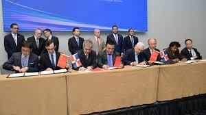 Más de 90 millones de dólares envuelve firmas de proyectos de compra entre empresarios chinos y dominicanos