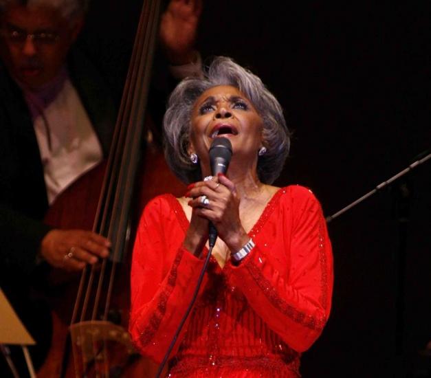 Muere a sus 81 años la celebre cantante Nancy Wilson