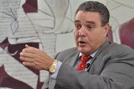 Senador expone a Medina potencial de puerto de San Pedro de Macorís para atraer turistas