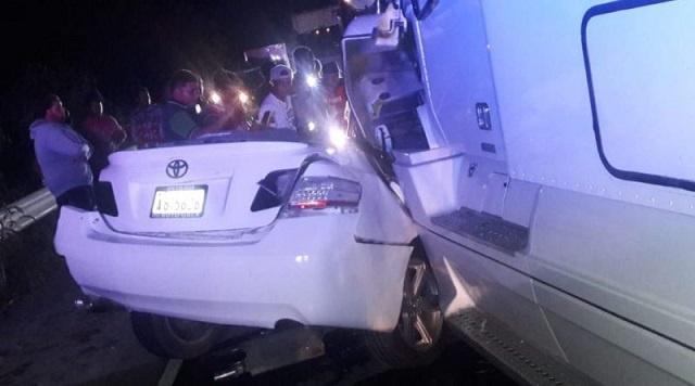 DIGESETT identifica muertos de aparatoso accidente  de la carretera Azua-Baní