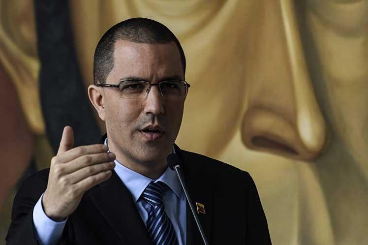 Canciller venezolano insta a Europa a abandonar postura injerencista