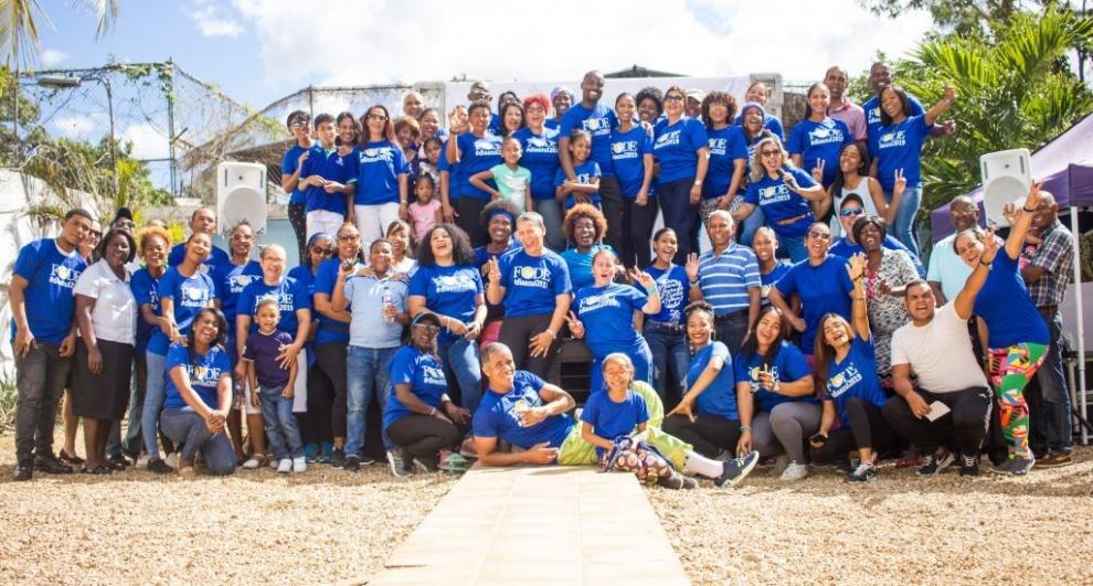 """FODE realiza un """"Día Azul"""" para la lucha contra el cáncer"""