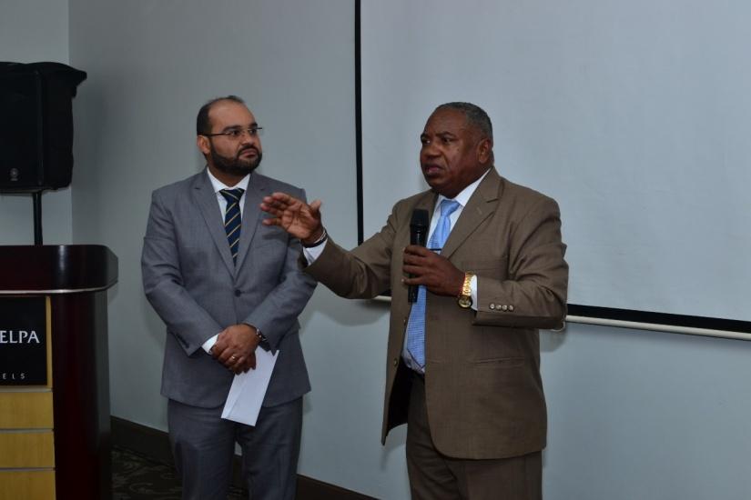 Dr Miguel Sanchez Caba y Dr Santos Ramirez.