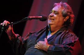 Cantante Anthony Ríos se encuentra interno por una arritmia cardíaca