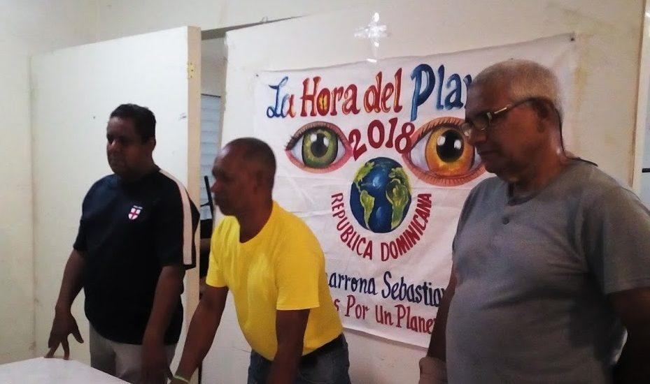 """Ecologistas dominicanos celebran """"La Hora del Planeta"""