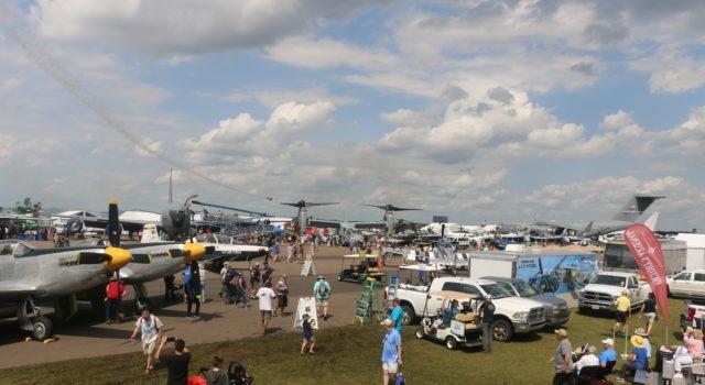 RD promueve turismo de aviación privada en Feria de Estados Unidos