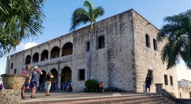 """Promueven a Santo Domingo, """"Ciudad MICE"""", sede turismo colonial"""