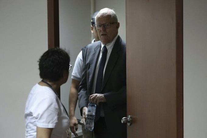 Dictan tres años de prisión preventiva contra ex-presidente peruano Kuczynski