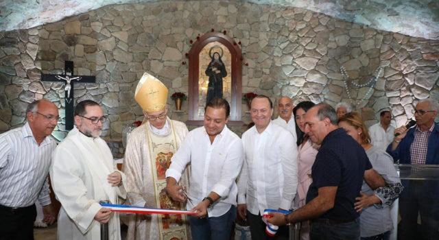 Gruta Santa Rita de Gurabo recibe a feligreses