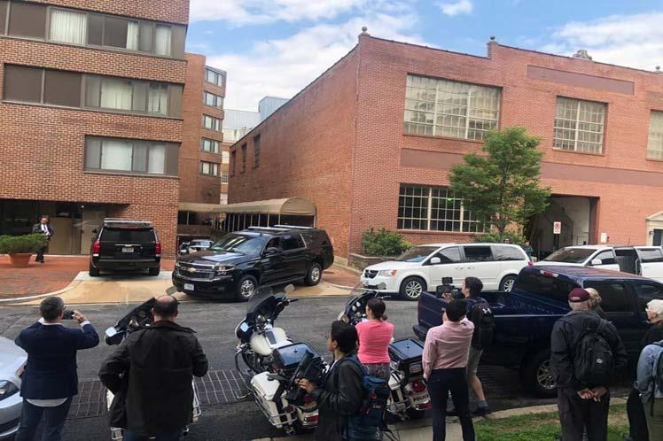 Policía de EE.UU. arresta a activistas en Embajada de Venezuela